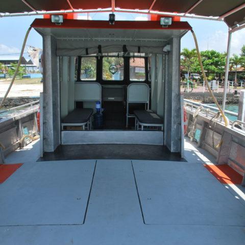 boat-deckmid