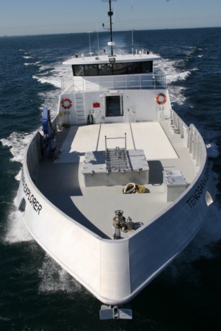 TE-front-sailing