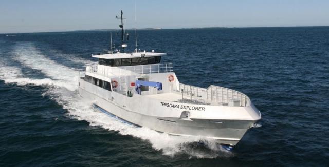 boat-tenggaraexplorer