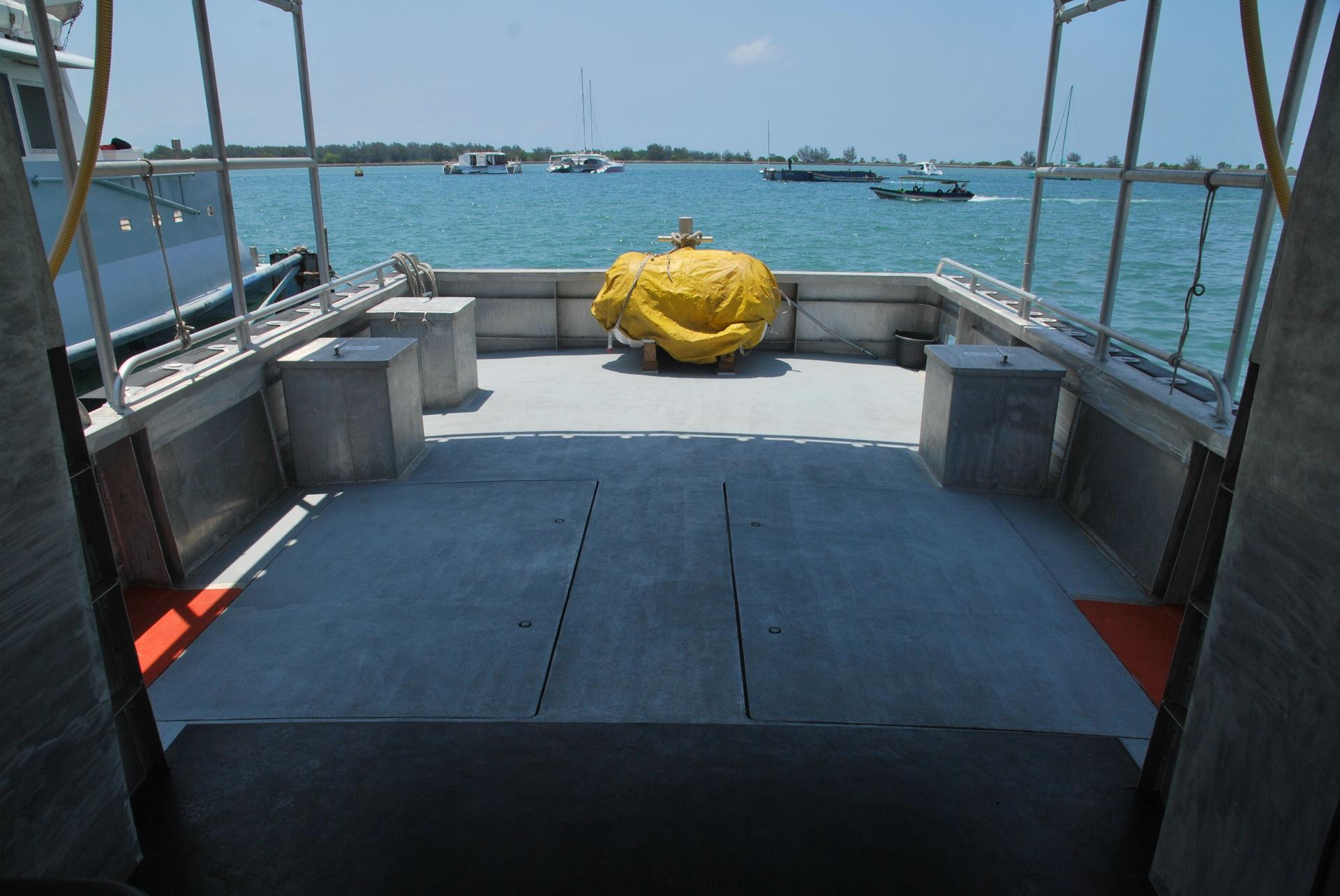 boat-backdeck