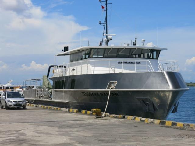 boat-inhabor