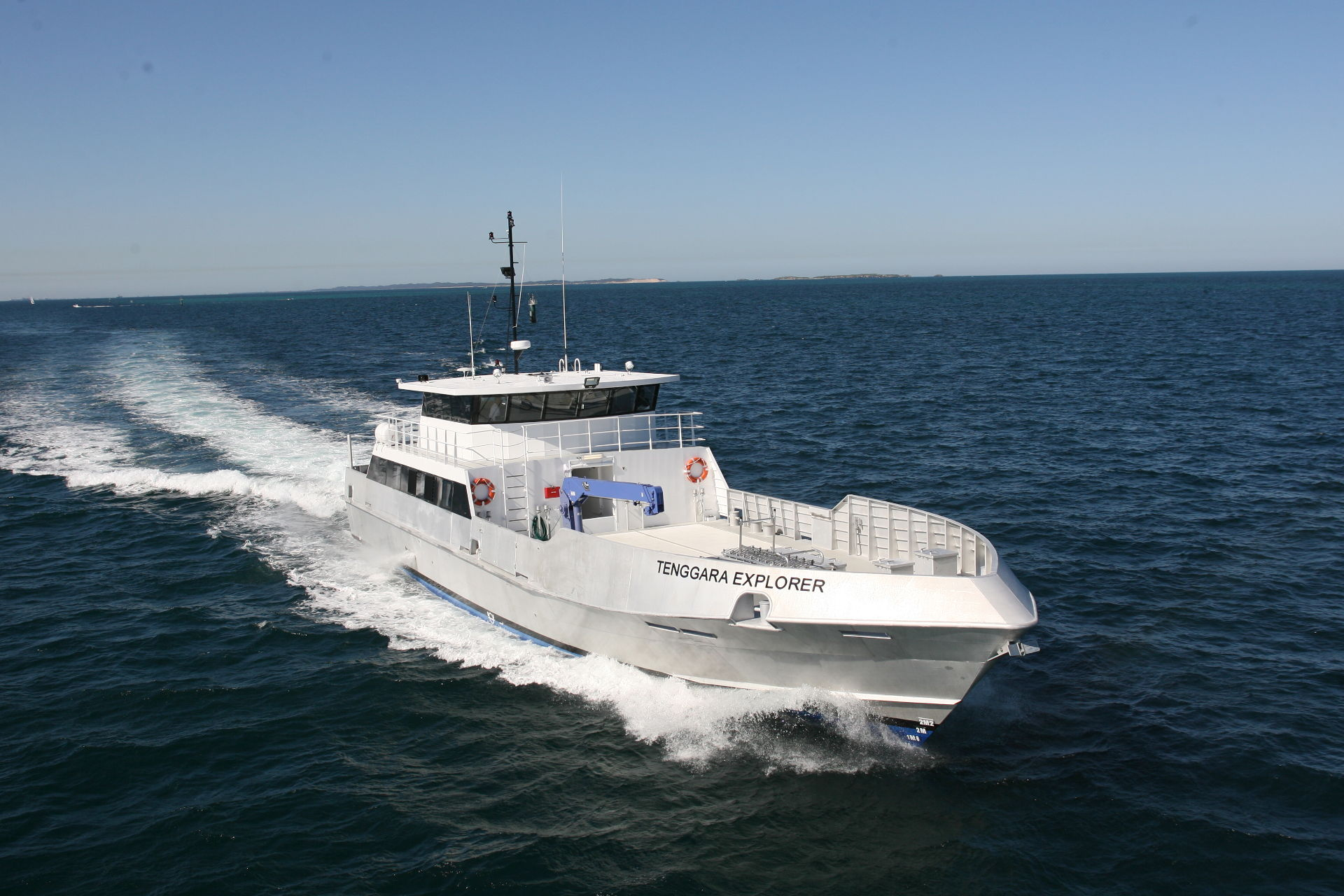 boat-teggaraexplorer-sailing